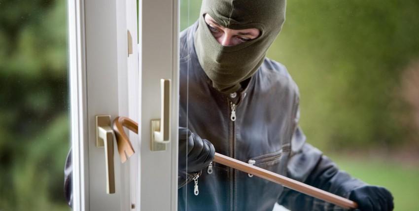 Furti nelle abitazioni: consigli su come difendersi