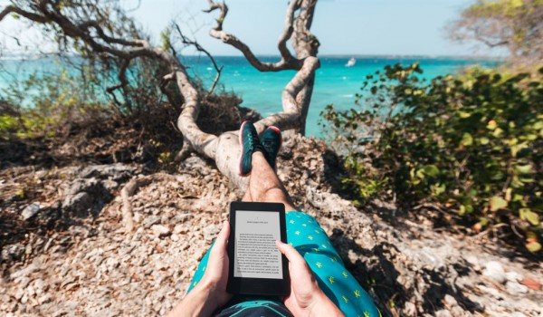 Vacanze Hi-Tech: gli accessori indispensabili per l'estate 2015