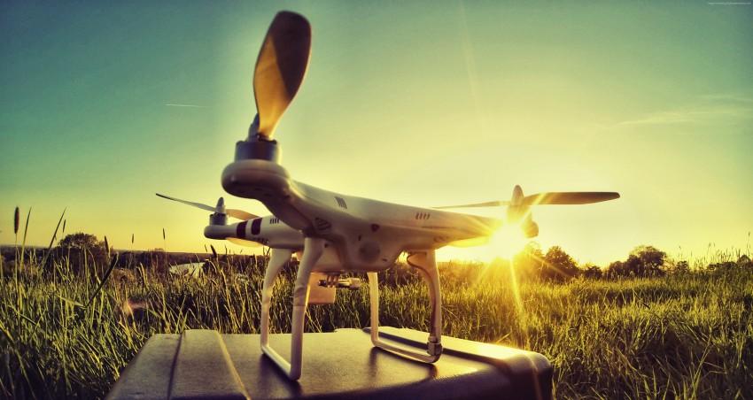 DJI Phantom 3 Professional Drone, video di alta qualità per amatori e professionisti